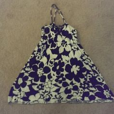 Free people tunic/dress Black and white floral pattern tunic by free people, size small, can be worn as a mini dress or a tunic Free People Dresses Mini