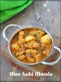 Aloo Gobi Masala/Potato Cauliflower Curry http://www.upala.net/2016/04/aloo-gobi-masalapotato-cauliflower-curry.html