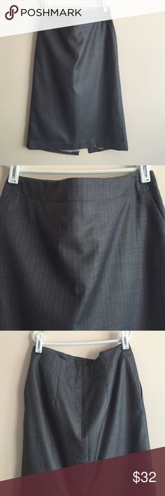 """Banana Republic suiting skirt Banana Republic wool/silk blend suiting pencil skirt, grey w/light blue pinstripe throughout, 24 1/2"""" long, waist measures 13 1/2"""" across, has matching jacket or can be worn as separate, never used! Banana Republic Skirts Pencil"""