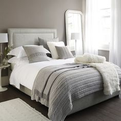 Furniture - Bedrooms : Luxury bedding : The White Company Bedding : Perfect Bed tips - Decor Object Grey And White Bedding, Grey Bedding, Cream And Grey Bedroom, Small Grey Bedroom, Neutral Bedding, Bedroom Inspo Grey, White Bed Sheets, Grey Headboard, Neutral Bedrooms