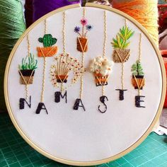 Diy Embroidery Patterns, Etsy Embroidery, Christmas Embroidery Patterns, Creative Embroidery, Hand Embroidery Stitches, Embroidery Hoop Art, Embroidery Techniques, Simple Embroidery Designs, Embroidery Supplies