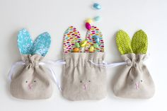 Today I'm sharing these simple Drawstring Bunny Bags that are really quick to sew up...and are perfect for this time of year!