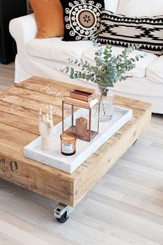 boho nordische einrichtungsideen diy couchtisch A brand new kitchen area renovation can vastly Increase the worth of your property, as […] Coffee Table Styling, Diy Coffee Table, Rustic Coffee Tables, Coffee Table On Wheels, Boho Chic Living Room, Home Living Room, Living Room Decor Unique, Living Room On A Budget, Apartment Living
