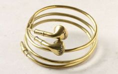 Golden Headphone Jewelry - The Earbuds Bracelet Seems Modeled After the Apple Product (GALLERY)