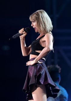 Taylor Swift – The 1989 World Tour in Brisbane Taylor Swift Fan Club, All About Taylor Swift, Taylor Swift Concert, Live Taylor, Taylor Swift Web, Red Taylor, Taylor Swift Pictures, Taylor Alison Swift, Swift Tour
