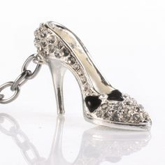 This sparkling high heeled shoe keyring makes a fantastic gift idea for any fashion conscious lady no matter what the occasion.