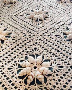 Curlicue Coverlet Crochet Pattern - Maggie's Crochet