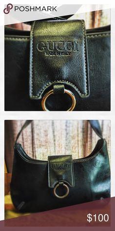 Gucci purse! Sexy Gucci black purse! Gucci Bags Shoulder Bags