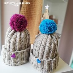 💜💙 #crochetmania #crochet #hat #hats #yarn #yarnaddict #wool #gift #love #knit #knitlife #knittingtime #knittinginstagram #bhooked #hmreny… Winter Hats, Crochet Hats, Wool, Knitting, How To Make, Handmade, Gifts, Instagram, Knitting Hats