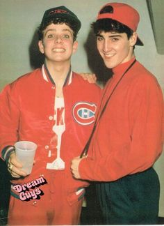 JONATHAN KNIGHT pinup with JOEY MCINTYRE – Both in red! ZTAMS