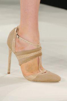 Carolina Herrera Fall 2013 RTW Collection - Fashion on TheCut