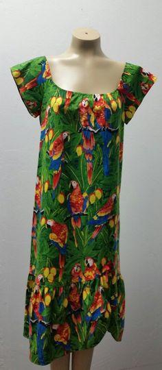 c92908c7d48dc Vintage 1980s Hilo Hattie Hawaiian Dress, Peasant Style, Parrot Print, Size  M/