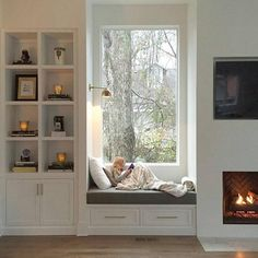 Trendy Window Nook Design Ideas To Get Cozy Space In Your House - Home Design Ideas Window Benches, Bay Window Seats, Window Seats With Storage, Bay Window Storage, Cozy Nook, My New Room, Home Decor Bedroom, Master Bedroom, Bedroom Small