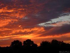Coucher de soleil dans le Maine et Loire (France)