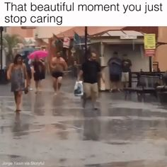 all funny stuff around the world pics and gifs Funny Video Memes, Funny Jokes, Hilarious, Funny Videos, You Funny, Funny Cute, Funny Stuff, Mejor Gif, Just For Laughs