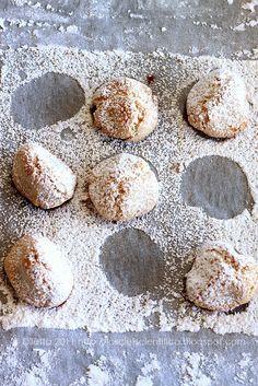 baking day - amaretti