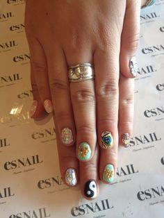 trippy hippie nails