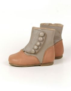 Taupe Victorian style boots, Siaomimi