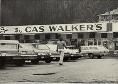 Cas Walker's Grocery Store in Appalachia Va. My daddy was the butcher here. Big Stone Gap, Virginia Is For Lovers, East Tennessee, Greatest Adventure, Blue Ridge, Back In The Day, Old Pictures, Kentucky, Grocery Store