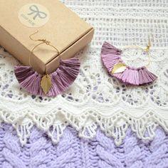 boucle d'oreilles prunes mauves et violettes boucle d'oreilles bohèmes chics mode en tendance femme, bijoux femmes