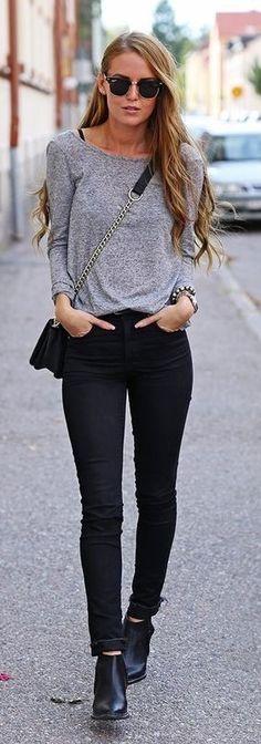 Gray Long Sleeve Tee, Black Crossbody Bag, Black Jeans, Black Booties   Yesterday's look   Bykiki