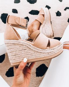 Since I missed I'm going with My girl shared these a few weeks back and I knew I needed… Cute Shoes, Me Too Shoes, Heeled Boots, Bootie Boots, Flat Boots, Dream Shoes, Shoe Closet, Casual Sneakers, Summer Shoes