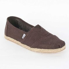 TOMS MEN FREETOWN CLASSIC SLIP-ON, CHOCOLATE