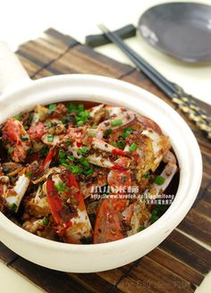 """Must keep this recipe..although I hardly cook CRAB...^^"""""""