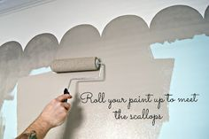 Everyday is a Holiday: How to paint a scallop border