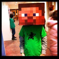 Fastelavn DIY Minecraft hoved