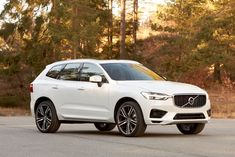 Volvo debuts all-new XC60 compact SUV at the 2017 Geneva Motor Show.