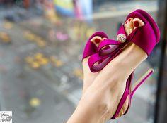 Gran variedad de zapatos de colores para novias   Moda y tendencias para novias