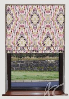 #Artiste #Mosaic #Raspberry #Roman #Blind #Pinks #Girly #Art #Geometric