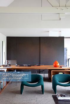 Contemporary office space Contemporary Home Offices, Contemporary Style, Study Space, Space Images, Interior Photography, House Colors, Corner Desk, Interior Inspiration, Table