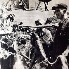"""August 1944, Warsaw. Crew of the power plant, from Krybar Regiment under command of engineer Stanislaw Skibniewski """"Cubryna"""" at the power plant at Wybrzeże Kościuszkowskie  Source: Dni Powstania,  photo by Halina Bala """"Małgorzata"""""""