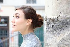 Morgane Who pour Franck Provost -  Kit Expert Chignons Carrie Bradshaw, Franck Provost, Lady, Backless, Kit, Fashion, Bun Hairstyle, Hair Style, Moda