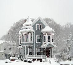 #Victorian Home www.steampunktendencies.com    http://dennisharper.lnf.com/
