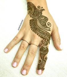 #henna #mehndi #hennaart #bridalhenna #stylediaries #orlandoweddings #traditionaltattoo #weddinghenna #hennawedding #indianwedding… Back Hand Mehndi Designs, Finger Henna Designs, Arabic Mehndi Designs, Mehndi Images, Simple Henna, Easy Henna, Bridal Henna, Indian Bridal, Mehndi Desine
