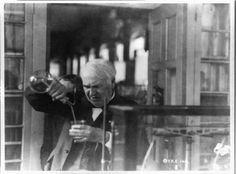 Thomas Edison, 1920 Edison Inventions, Thomas Alva Edison, Best Bourbons, Successful People, The Conjuring, Old Pictures, Graham, Coloring Pages, Thinking Of You