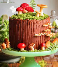 Gorgeous Cakes, Pretty Cakes, Cute Cakes, Amazing Cakes, Frog Cakes, Cupcake Cakes, Enchanted Forest Cake, Mushroom Cake, Mushroom Cupcakes
