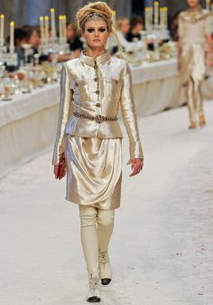 Love the contract between the detailed embellishments and the fabric --> Chanel Pre-Fall 2012 Runway