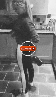 😂 40 Funny and Interesting 🙄 Videos Cant Stop Watching – Funny Videos Cute Baby Girl Pictures, Funny Pictures Of Women, Secretary Movie, Best Twerk Video, Crazy Girlfriend Meme, I Thought Of You Today, Petticoated Boys, Men Dress Up, Curvy Girl Lingerie