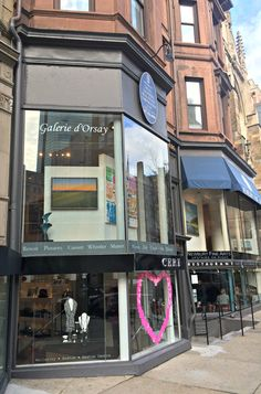 New to our front window this week is a bold landscape by Jose Basso. Keep an eye out for it if you find yourself strolling down Newbury St! #newburyst #bosarts #Boston #contemporaryart