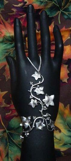 Ivy slave bracelet
