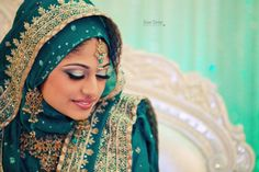 love the color and how she incorporated hijab into her wedding outfit.