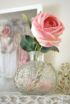 Single Full bloom Pink Rose in Old Fashioned glass Bud Vase