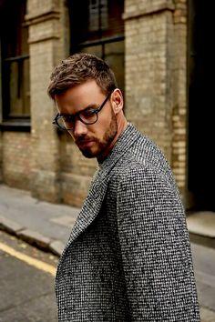 Liam payne lockscreen on We Heart It