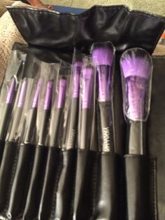 Vida lux cosmetics Purple beauty brush collection