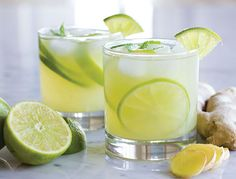 Medical Medium recipe This ginger limeade is so refreshing. It will be especially helpful to anyone trying to transition off of caffeinated energy drinks. The subtle heat of fresh ginger juice makes this drink one you will come … Healthy Drinks, Healthy Snacks, Healthy Eating, Healthy Recipes, Diet Recipes, Juice Recipes, Water Recipes, Simple Recipes, Fruit Recipes