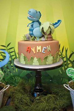 Party Inspirations: Dinosaur Themed Birthday By Mon Soiree
